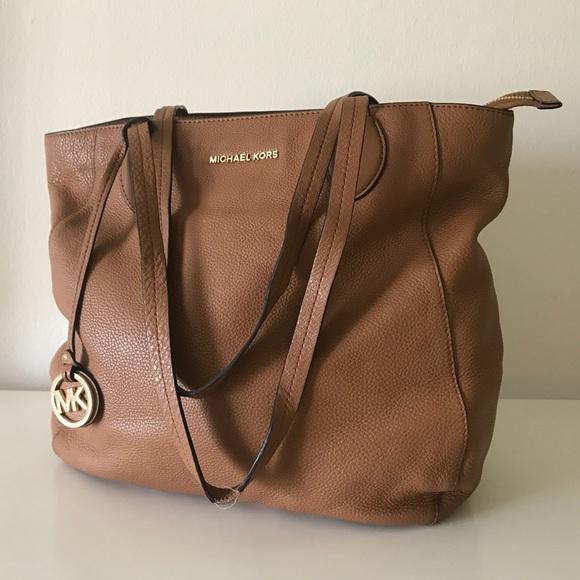 421c16b3c3 Michael Kors Bags | Shopper Tote | Poshmark